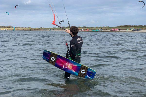 Auffrischungskurs Kitesurfen auf Fehmarn in Gold